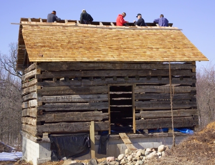 Building Messer Log Barn